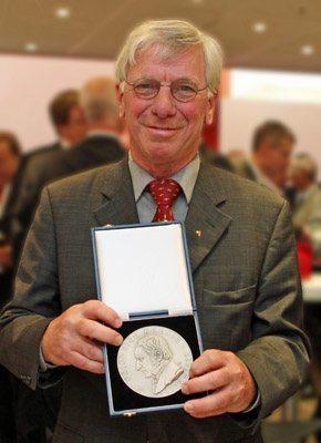 Dr. Siegbert Holderried VDD