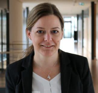 Bianca Becker Herma Haftmaterial