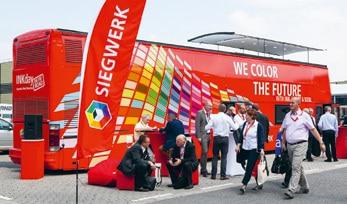 Der speziell für die drupa eingerichtete Messe-Bus war laut Siegwerk besetzt mit Interessenten aus aller Welt
