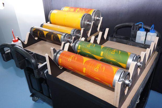 Ständer mit verschiedenen Druckzylindern für die Labelmaster