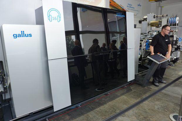 Die Digitaldruck-Einheit der Labelfire 340, ausgestattet mit der UV-Drop-on-Demand Inkjet-Technologie von Fuji Film