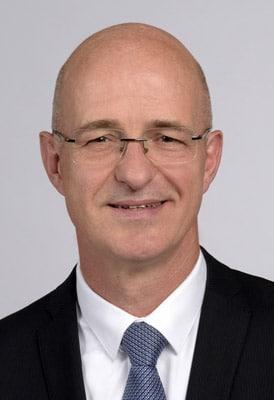 Dr. Jörn Küster (Quelle: Follmann)