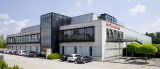Das neue Produktionsgebäude der Schreiner Group in Dorfen
