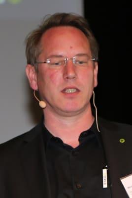 Nikolas Kirste, Esko