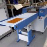 cleanoMat Plate, ein Plattenreinigungsgerät für die schnelle und schonende Reinigung