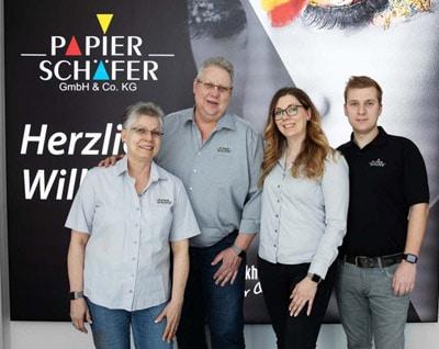 Von links nach rechts: Karin Schäfer (Rechnungswesen), Jürgen Schäfer (Geschäftsführer), Mareike Schäfer (Vertrieb), Alexander Schäfer (Technischer Leiter)