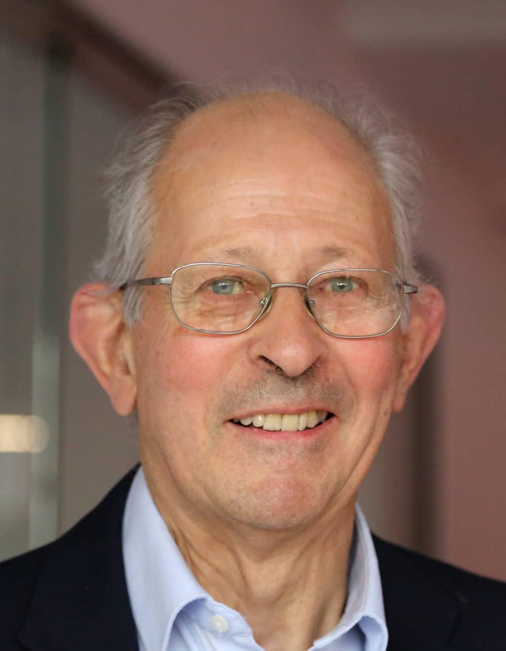 John Penhallow, Korrespondent Frankreich für Etiketten-Labels