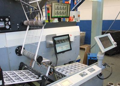 Mit den TubeScan-Systemen produzieren die Maschinenführer der Barthel Gruppe zielsicher die angestrebte Qualität und die erforderlichen Stückzahlen der Etiketten