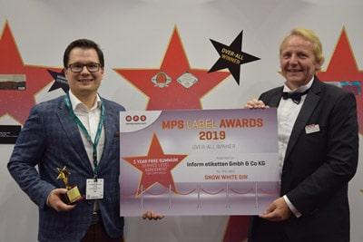 Dr. Benjamin Rüdt von Collenberg (l.), Geschäftsführer InForm Etiketten und Martin Vogel, Printcon (MPS Repräsentanz Süddeutschland/A/CH) bei der Verleihung des MPS Award