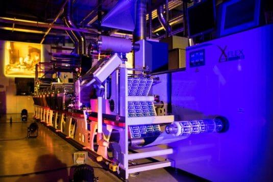 Omet XFlex X5 bei Adesa in der neuen Produktion installiert