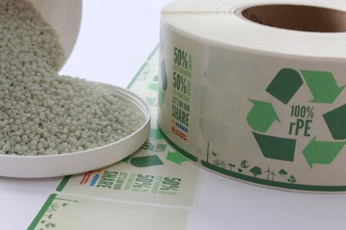 Wurde ebenfalls mit dem Deutschen Verpackungspreis in der Kategorie Nachhaltigkeit ausgezeichnet: das erste PE-Folienetikett, das zu 100 Prozent aus Recyclat besteht. Schäfer-etiketten und Herma haben es gemeinsam entwickelt
