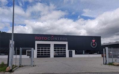 Eingang zum neuen europäischen Headquarter von Rotocontrol in Siek bei Hamburg