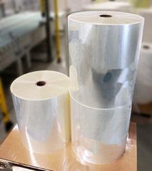 Herma PP 50 transparent tc (Sorte 885) und Herma PP 50 transparent super tc (Sorte 886) mit neu entwickeltem Haftkleber 62C (Quelle: Her-ma)