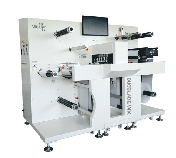 Der Duoblade WX I von Valloy soll die digitale Konfektion von gedruckten Rollenetiketten im kleinen und mittleren Auflagenbereich schneller und einfacher machen (Quelle: Valloy)