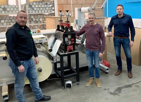 v.l. . Marco Hessing, Produktionsleiter, Westlabel; Peer Boysen, Geschäftsführer, B&T Tec; Stefan Thuir, Betriebsleiter West Label (Quelle: B&T Tec)