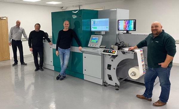 Die neue PicoJet UV-Inkjet-Digitaldruckmaschine sorgt bei Spectrum für neue Produktionsmöglichkeiten und höhere Flexibilität (Quelle: Dantex)