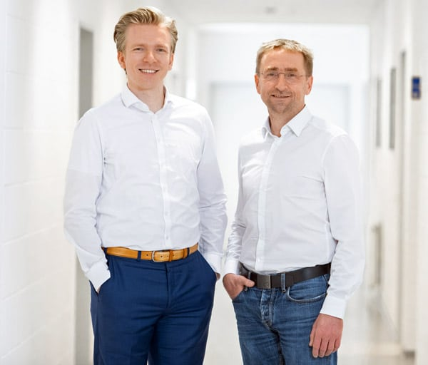 Torben Segelken und Holger Ostermann, Geschäftsführer COE Bremen und Ostfildern (Quelle: COE)