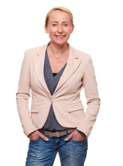 """Susanne Daiber, Geschäftsführerin, Etiket Schiller, Plüderhausen: """"Ich würde mich nicht wohl fühlen, wenn ich wegen einer Quote in eine Position gekommen wäre und nicht wegen meiner Qualifikation."""" (Quelle: Etikett Schiller)"""