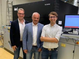 Helmuth Munter, Durst; Sten Sarap, Labelprint oÜ und Martin Leitner, Durst sind mit dem Betatest der Durst Tau RSCi sehr zufrieden. Der Serienstart kann beginnen (Quelle: Durst)