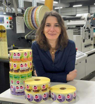 """Simone Stöckigt: """"Sicherlich hat mir meine Erfahrung an der Druckmaschine geholfen."""" (Quelle: Fs-Etiketten)"""