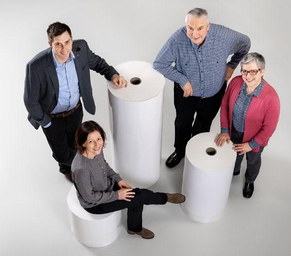 Zwei Generationen bei A. Mausshardt Etiketten: v.l. Markus Klein, Sandra Schmidt, Helmut Klein, Regina Klein (Quelle: A. Mausshardt Etiketten)
