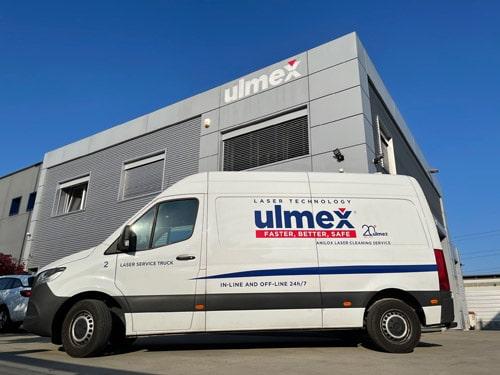 Die mobile und innovative Reinigung von Rasterwalzen für den Flexo- und Tiefdruck mittels Laser zählt zu den Dienstleistungen von Ulmex (Quelle: Ulmex)