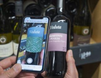 Augmented Reality ermöglicht das Hinterlegen mit unterschiedlichsten Informationen oder Videos und anderen Median (Quelle: Molino studios)
