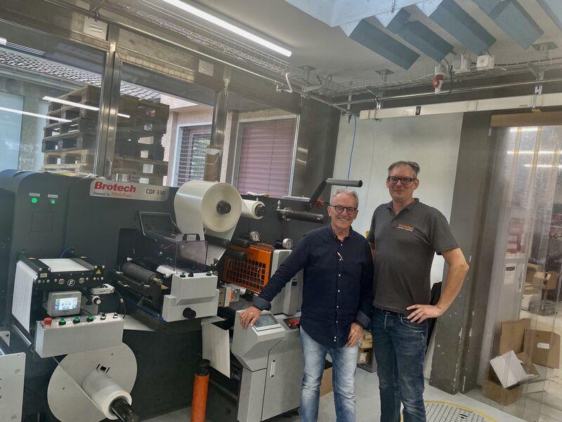 Mit der ersten CDF 330 erreichen Brotech und PrintsPaul nun auch die Schweiz (Quelle: PrintsPaul)