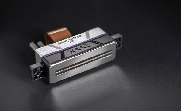 Neue Möglichkeiten, bessere Qualität und Veredelungsoptionen bieten die neuen Druckköpfe von Xaar (Quelle: Xaar)