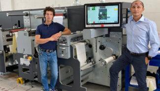 Die multifunktionale Grafotronic DCL2 eröffnet Special Screen neue Produktionsmöglichkeiten (Quelle: Grafotronic)